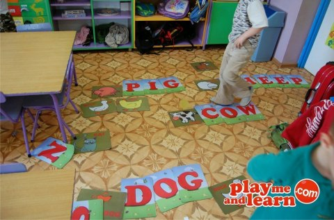 Play me Kiddo Mats Alphabet